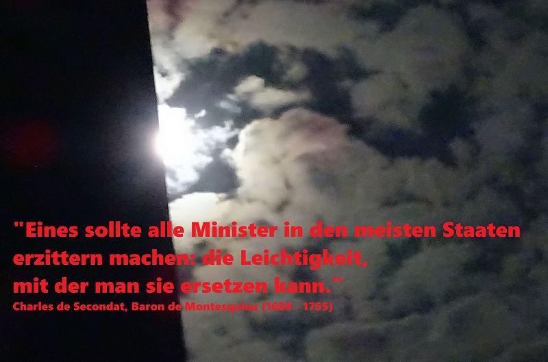 Es geschehen Verbrechen gegen die Menschlichkeit, jetzt und hier in Deutschland!!!!